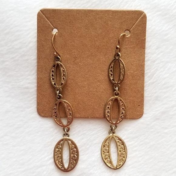 Stella & Dot Jewelry - Stella & Dot Gold Kimberly Earrings